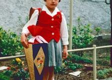 230 Einschulung Edith 1959 (2)