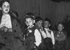 072 Kindergarten 1956 1 4