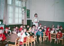 08 Kindergarten 1956 1 2